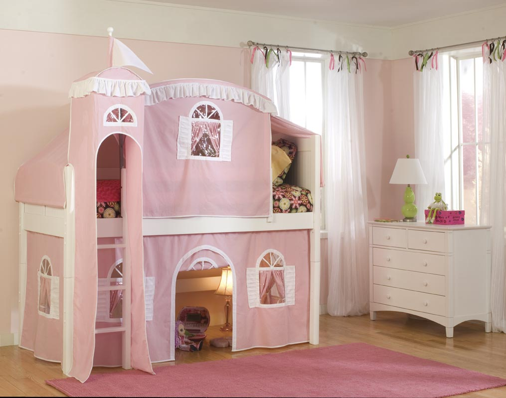 Image of: Cottage Castle Bunk Bed