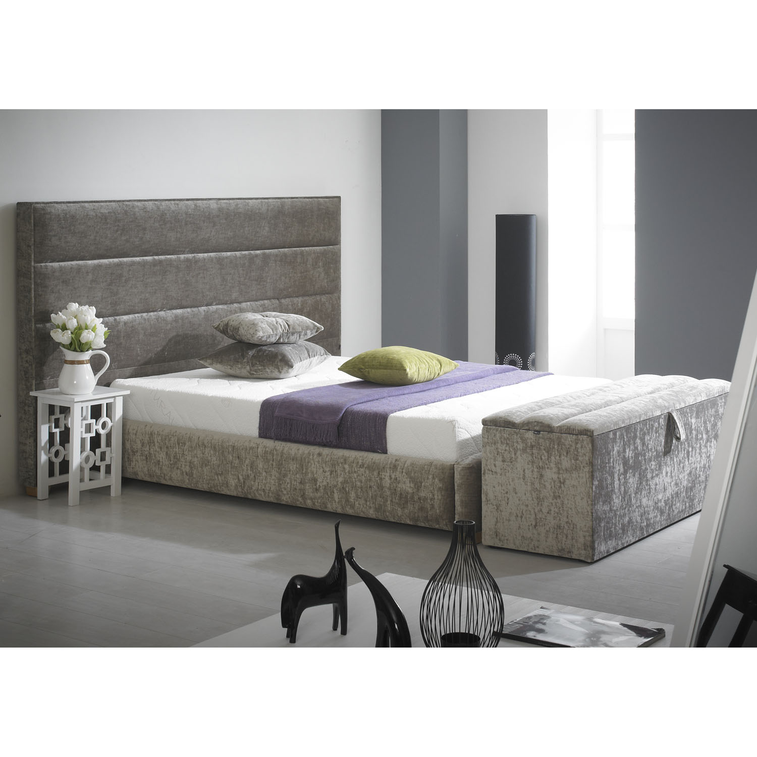 Image of: Flat Upholstered Bed Frame