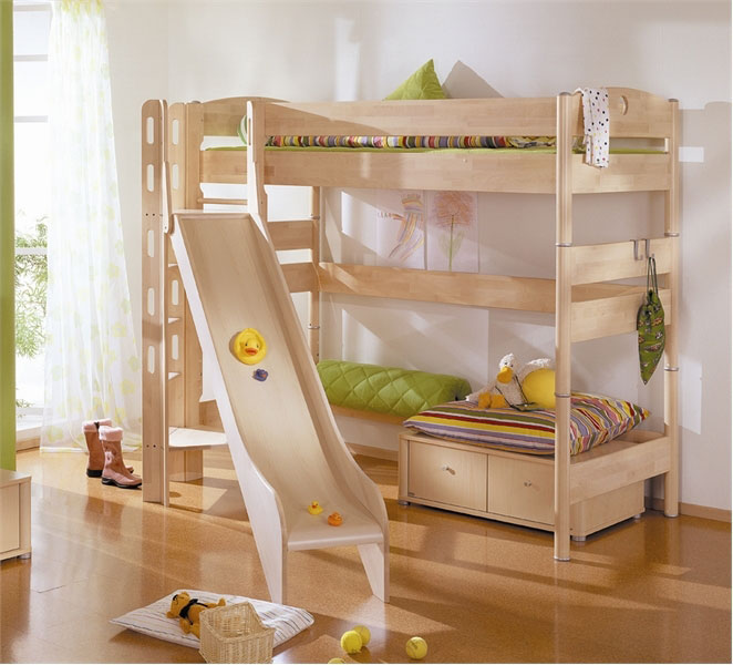 Image of: Fun Bunk Bed with Slide