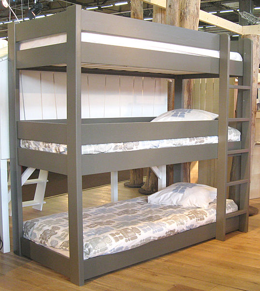Image of: Grey triple bunk bed