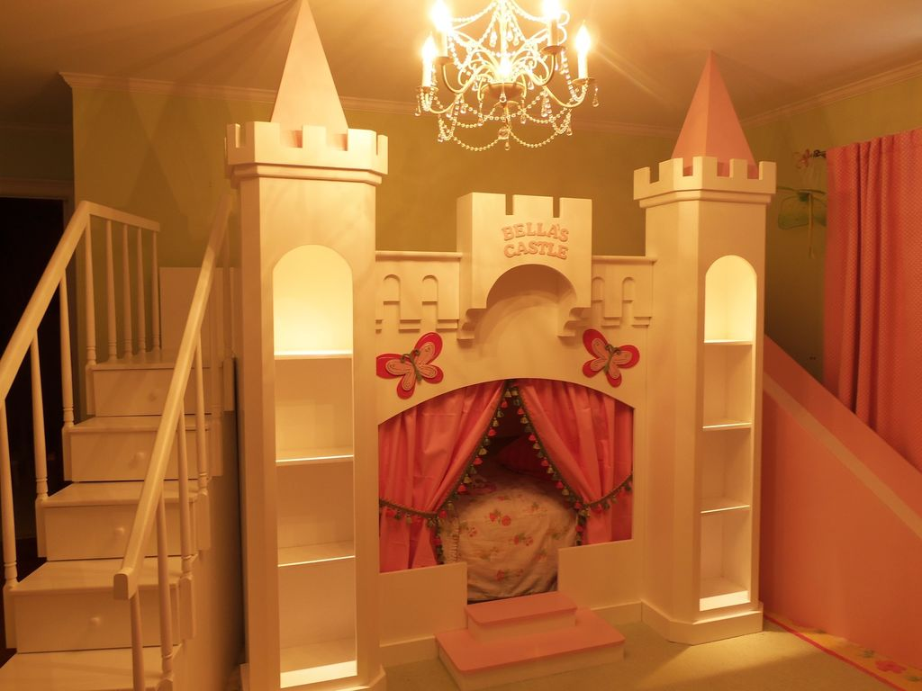 Image of: Luxury Castle Bunk Bed