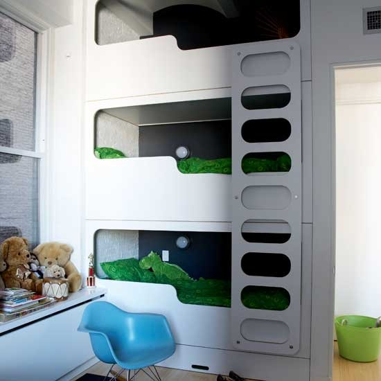 Image of: Simpe White Bunk Beds for Boy