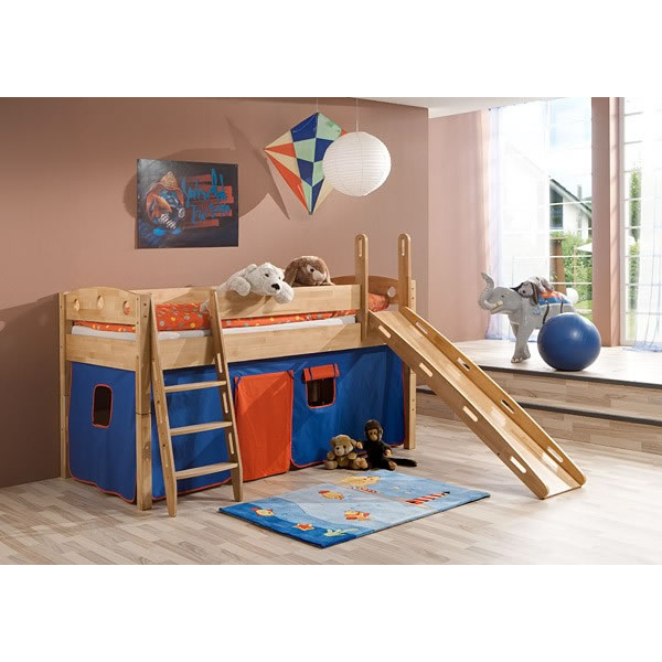 Image of: Small Bunk Bed with Slide