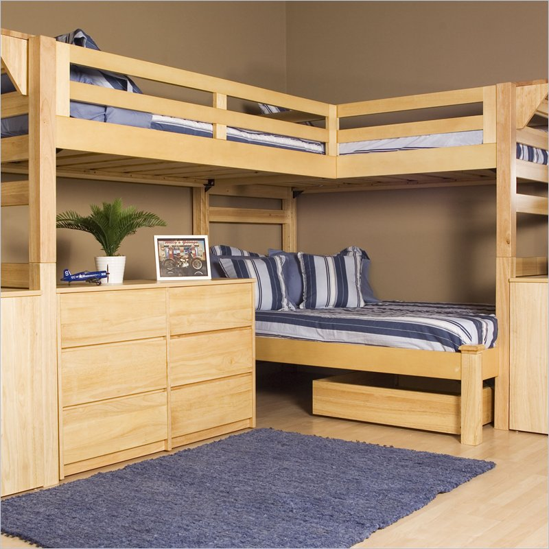 Image of: Wooden triple bunk bed