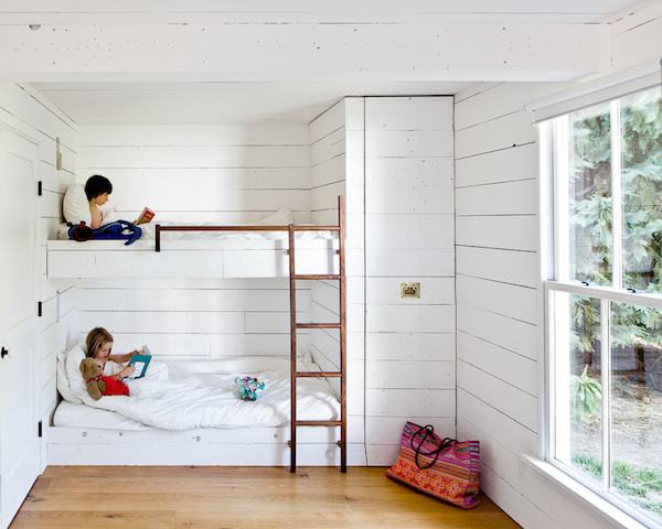 Image of: Kids Bunk Beds For Small Rooms