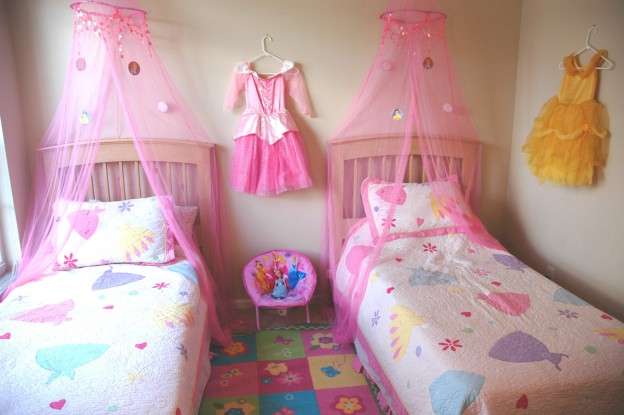 Image of: princess bedroom set ideas