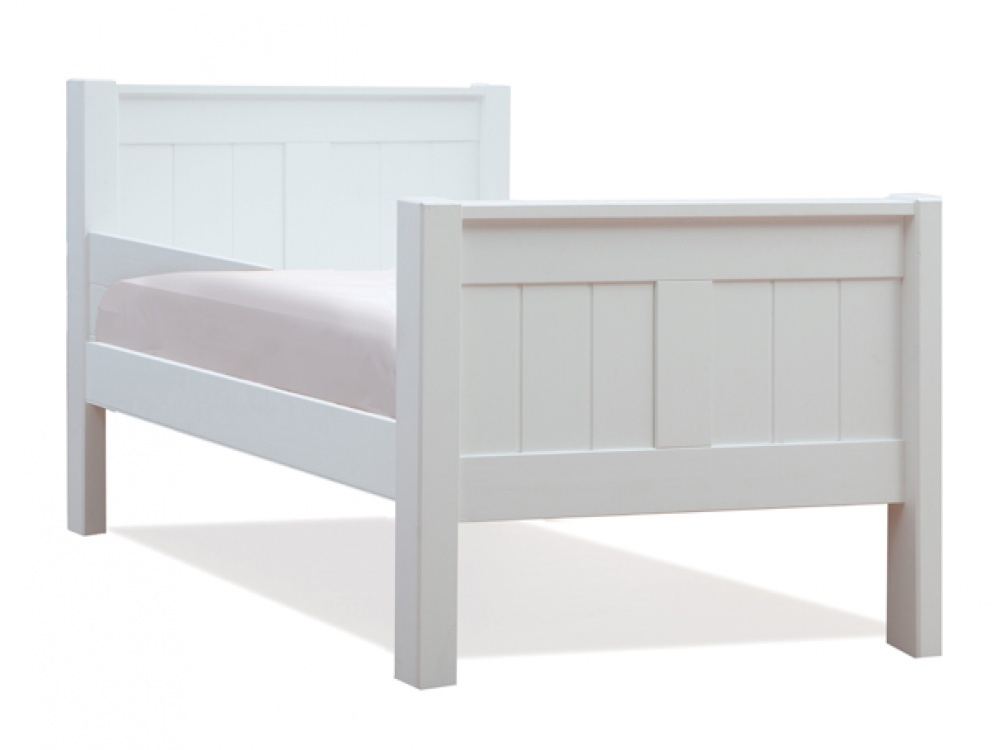 Image of: Classic White Bunk Beds