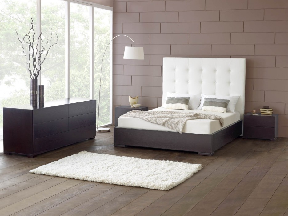 Image of: Low Profile Bed Frame Ikea