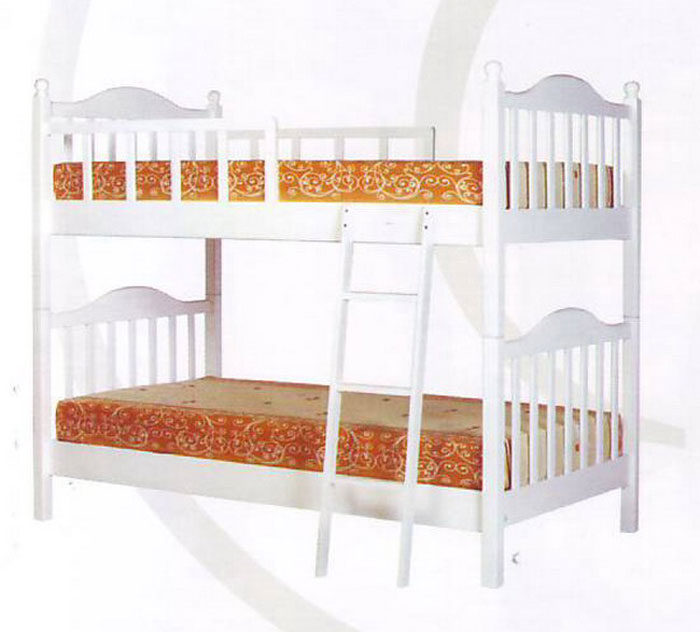Image of: Simple White Bunk Beds