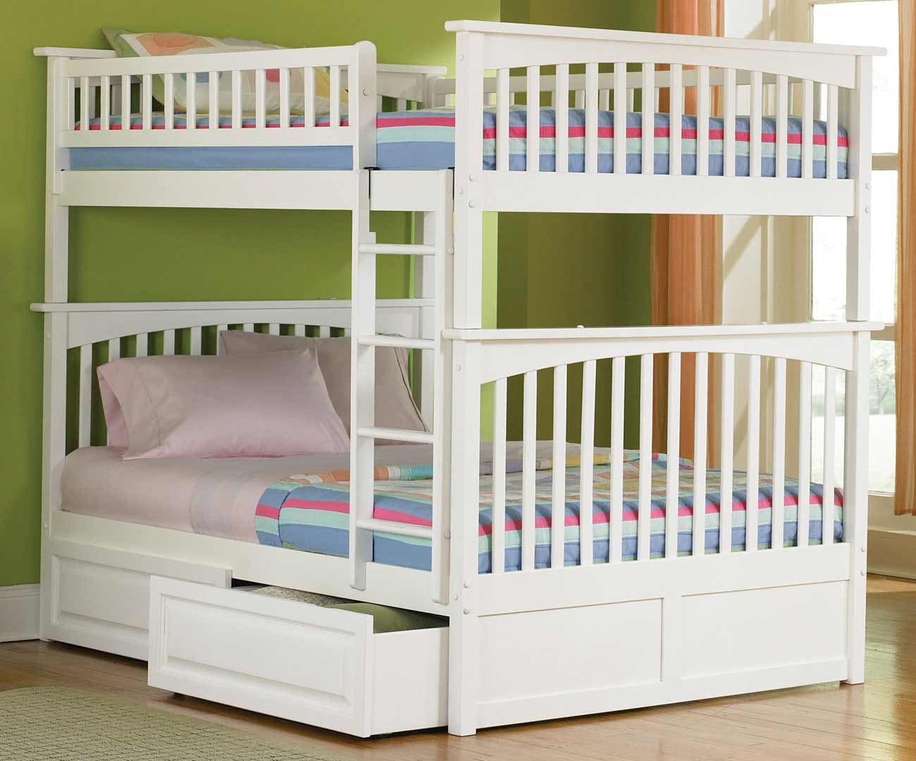 Image of: White Bunk Beds for Teen