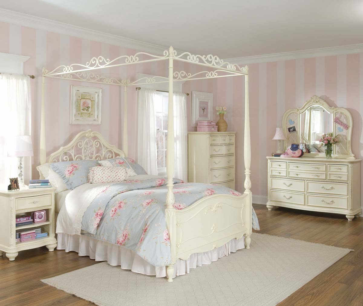 Image of: Awesome White Kids Bedroom Furniture