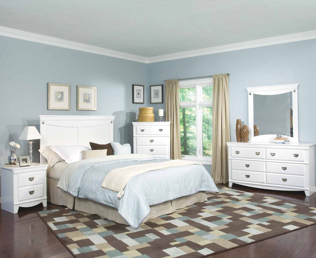 Image of: White aspen bedroom furniture