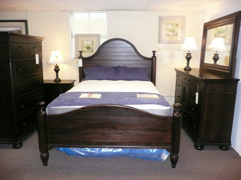 Image of: Best paula deen bedroom furniture