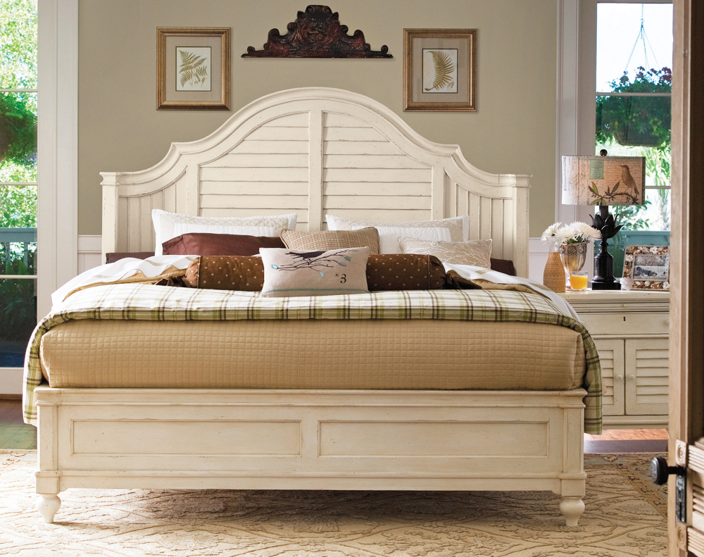 Image of: Universal paula deen bedroom furniture