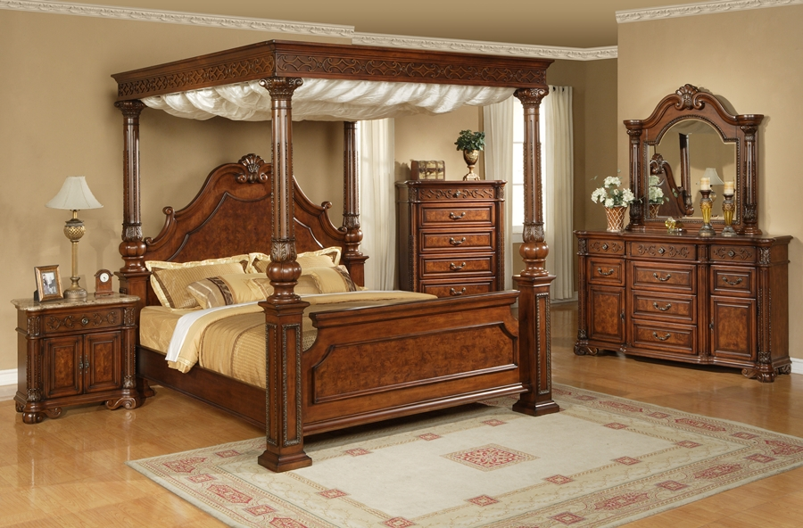 Image of: Canopy Bedroom Sets For Adults