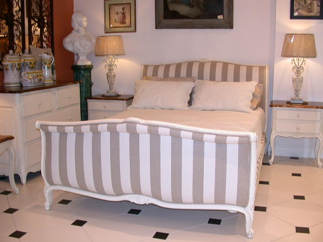 Image of: french provincial bedroom furniture info