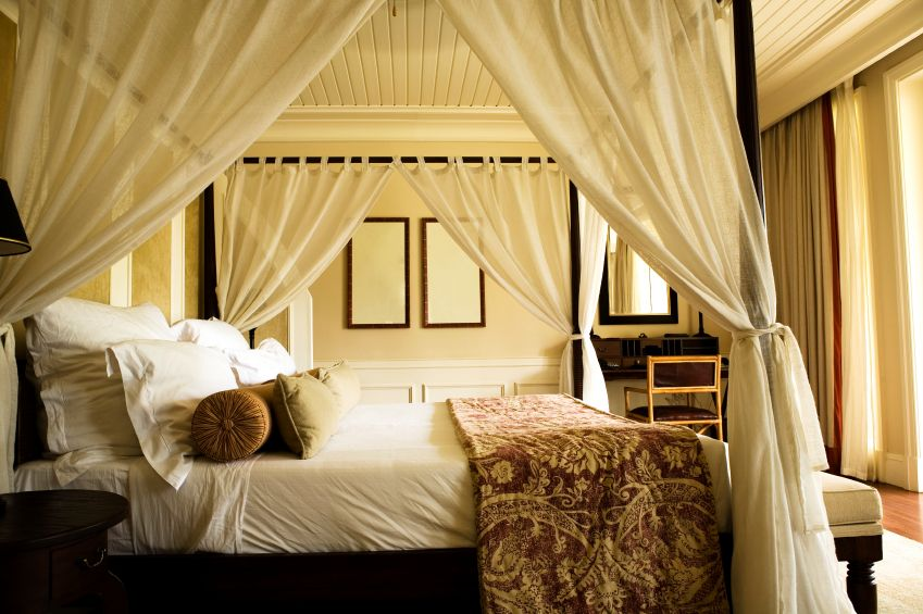 Image of: home canopy bedroom sets