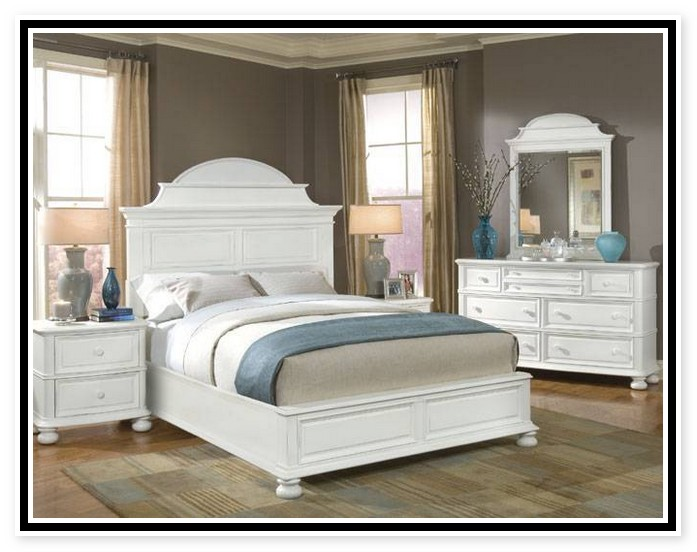 Image of: painted french provincial bedroom furniture