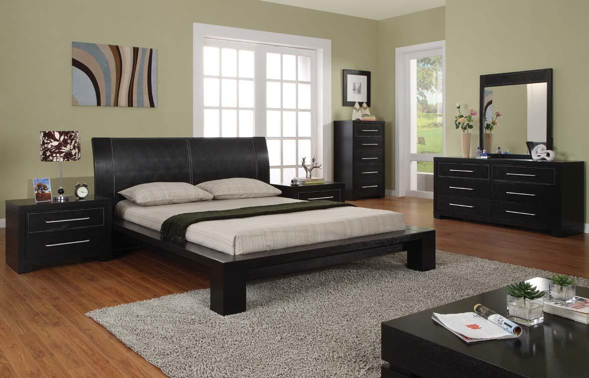 Image of: Contemporary Bed Set Antique Design