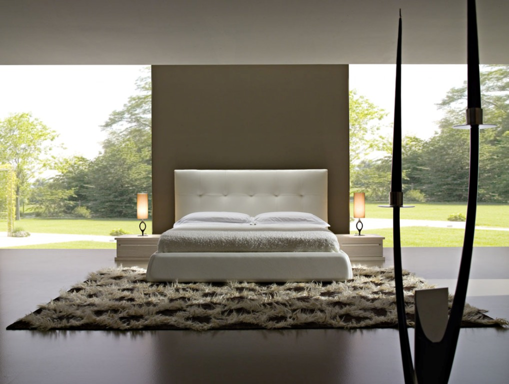 Image of: Famous Contemporary Bedroom Sets