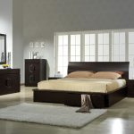 Image of Contemporary Bed Set