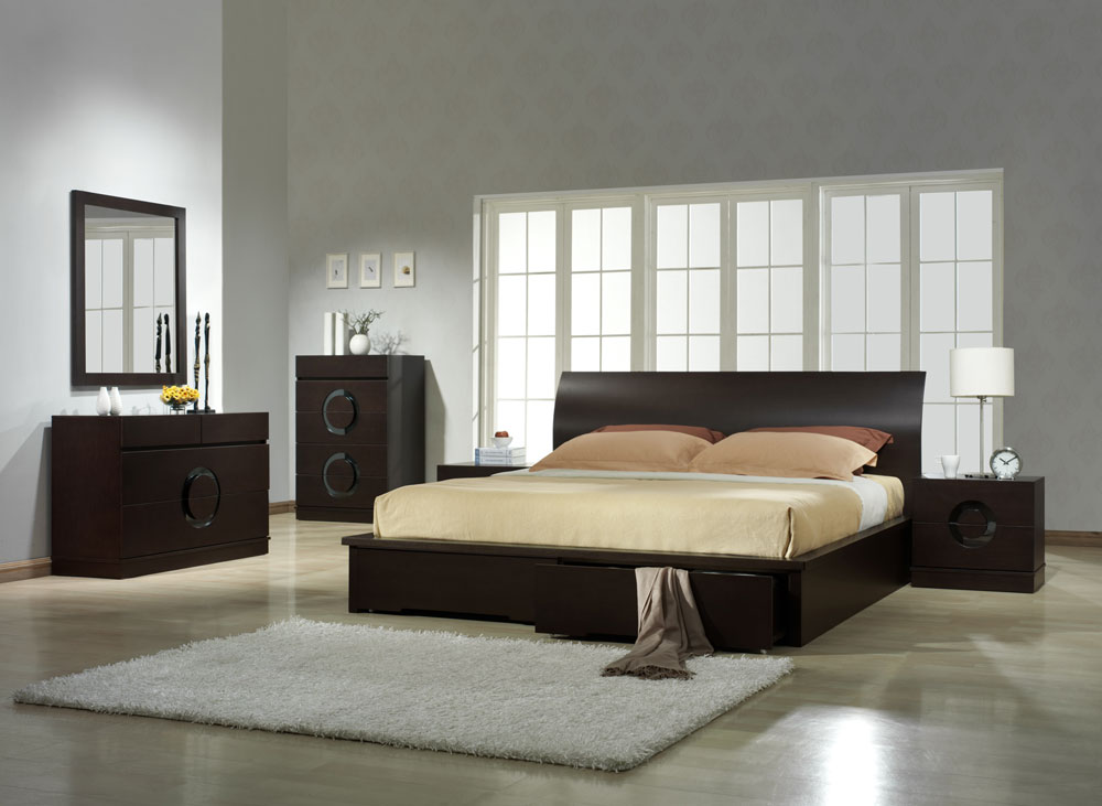 Image of: Image of Contemporary Bed Set