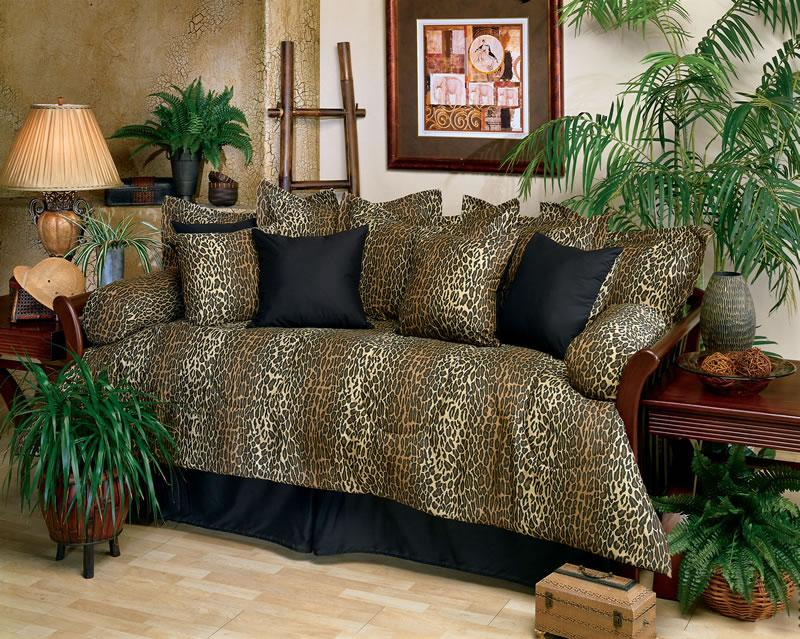 Image of: Leopard Contemporary Daybed Covers