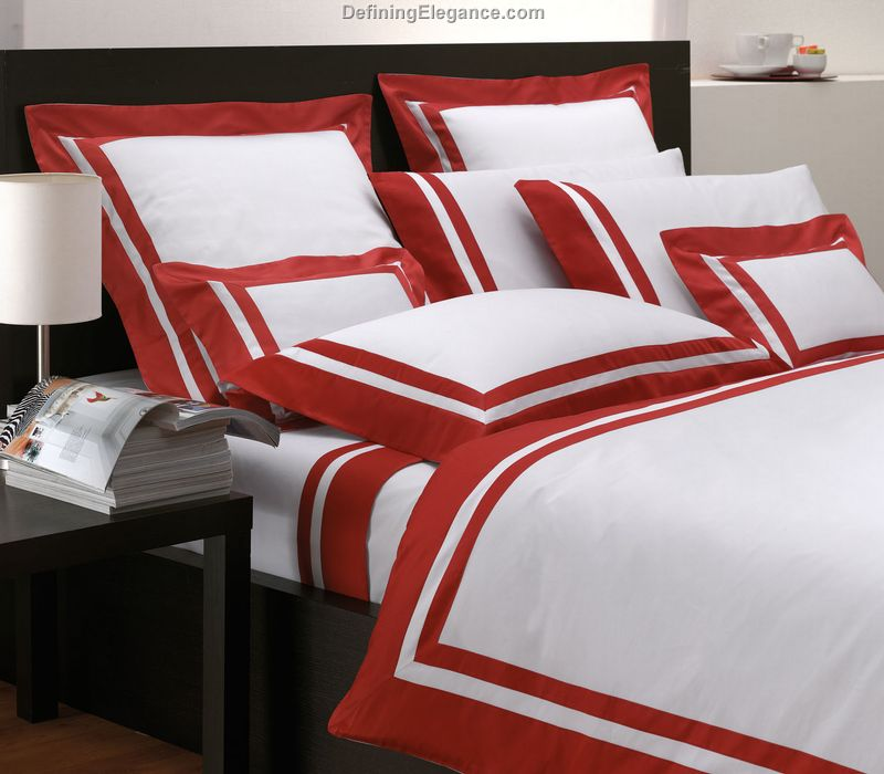 Image of: Red and White Contemporary Luxury Bedding Ideas