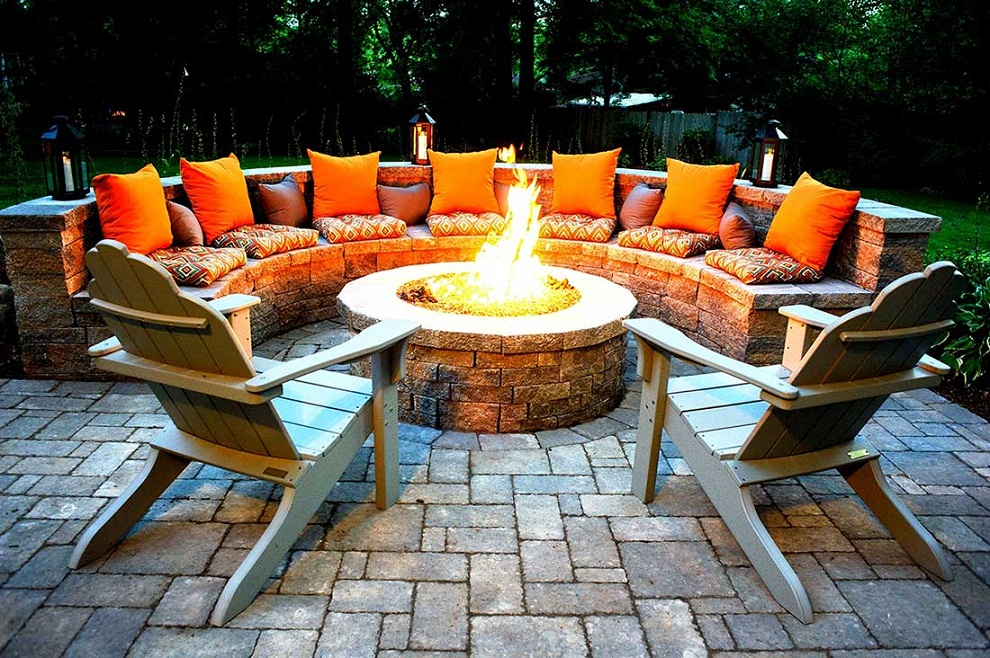Image of: Ideas Patio Furniture with Fire Pit