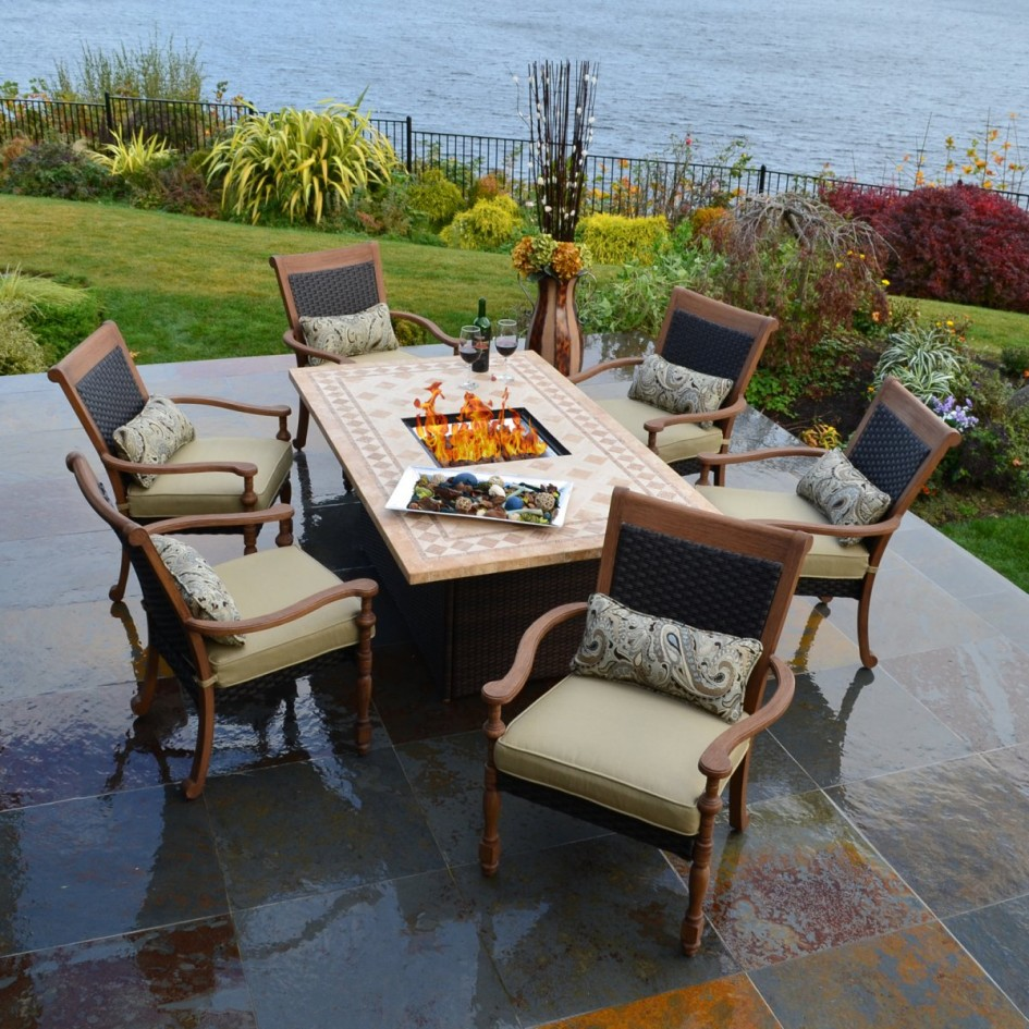 Image of: Outdoor Patio Furniture with Fire Pit