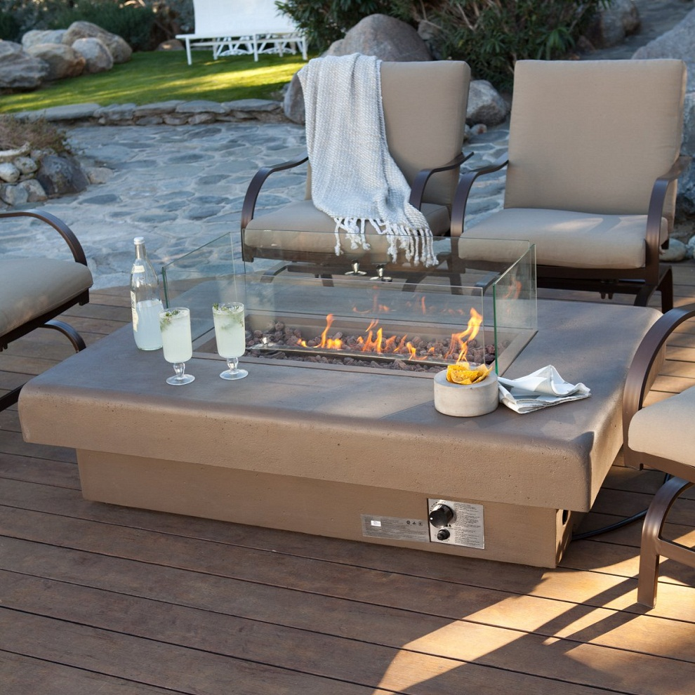 Image of: Patio Furniture with Fire Pit Gas