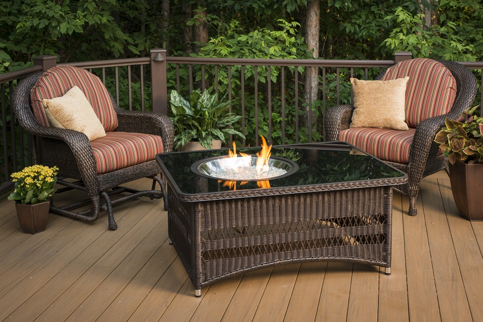 Image of: Fabulous Outdoor Greatroom Company