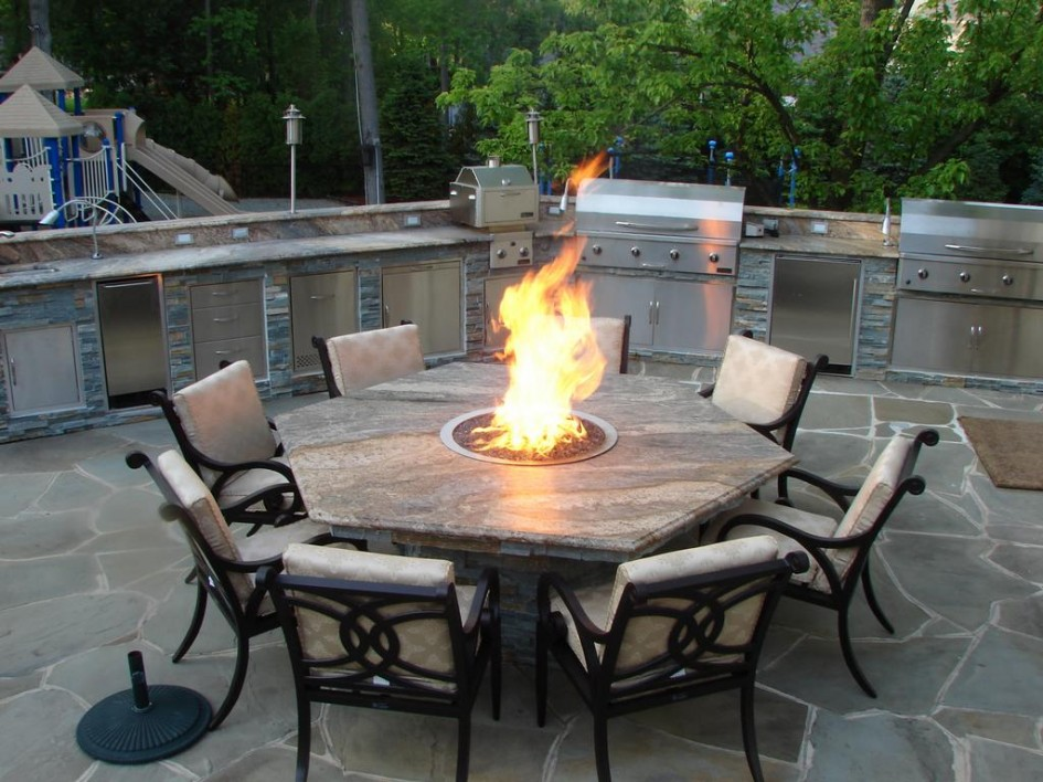 Image of: Patio Furniture with Fire Pit Table Set