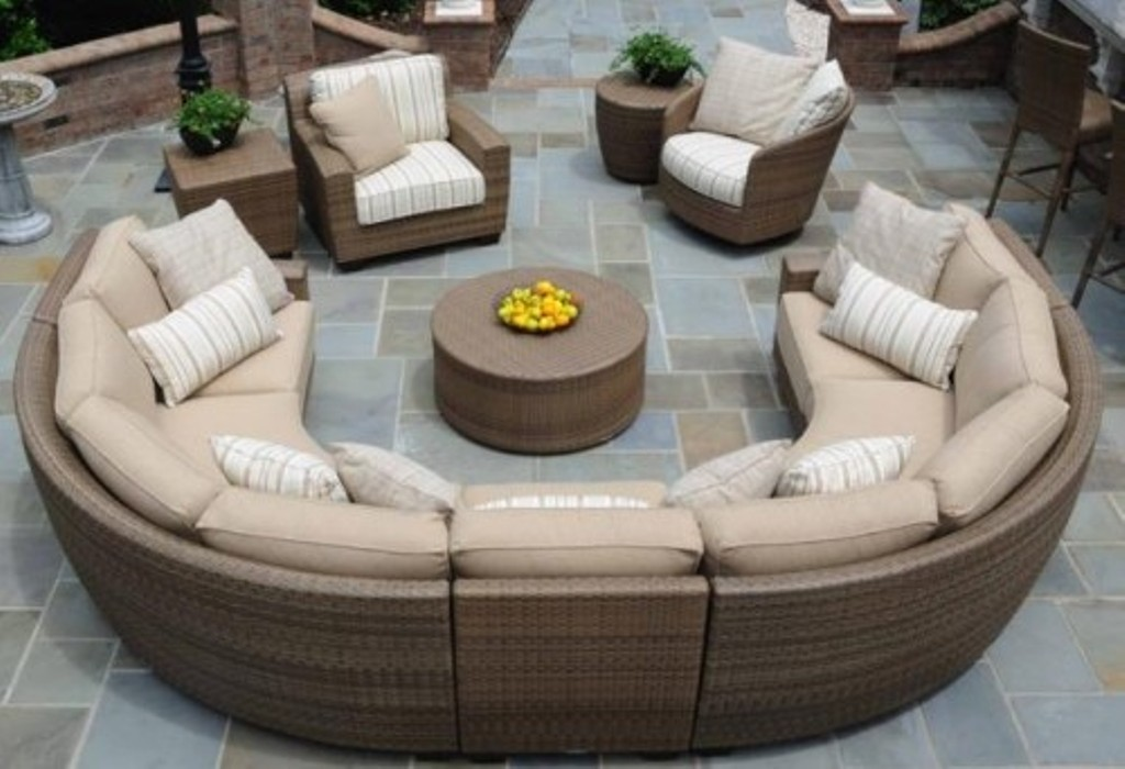 Image of: Sectional Patio Furniture Plans