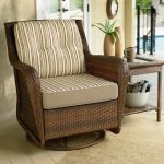 Wicker Swivel Patio Chair