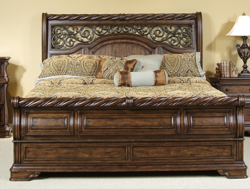 Image of: Awesome Sleigh Bed King