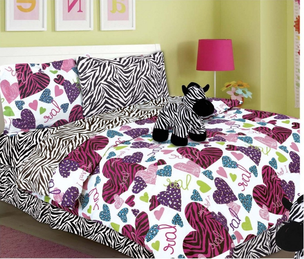 Image of: Cute Teen Bedding Style