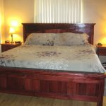 Decoration Alaskan King Bed