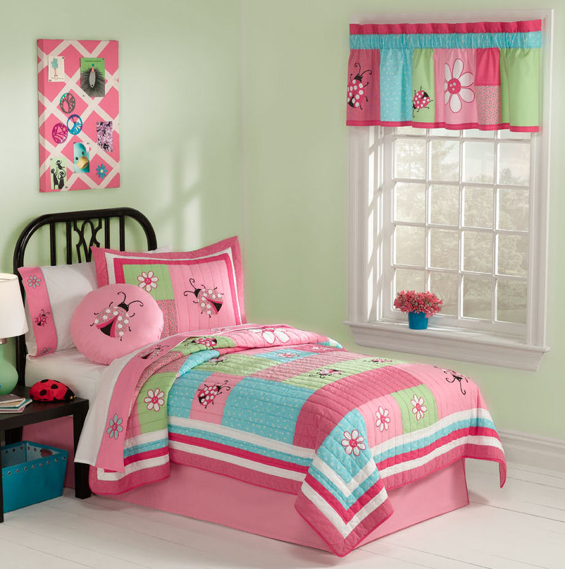 Image of: Girl Twin Bed Bedding
