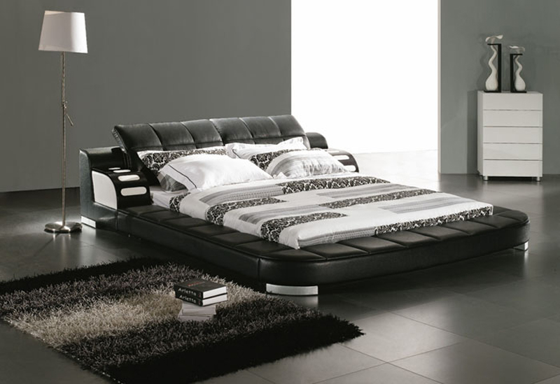 Image of: King Sized Bed Leather