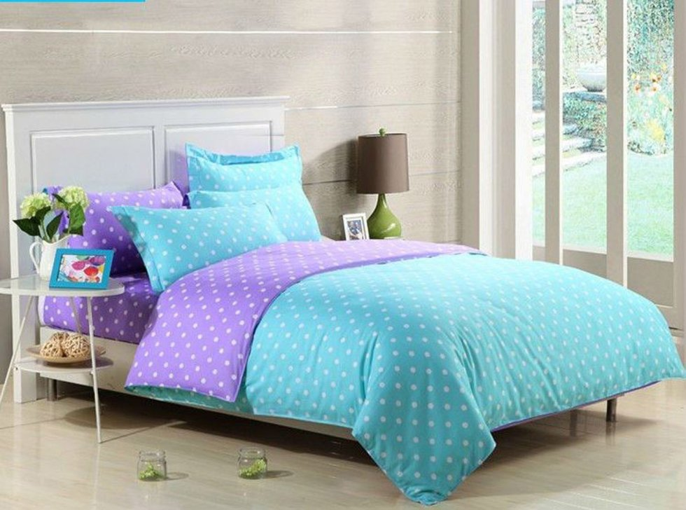 Polka Dot Teens Bedding