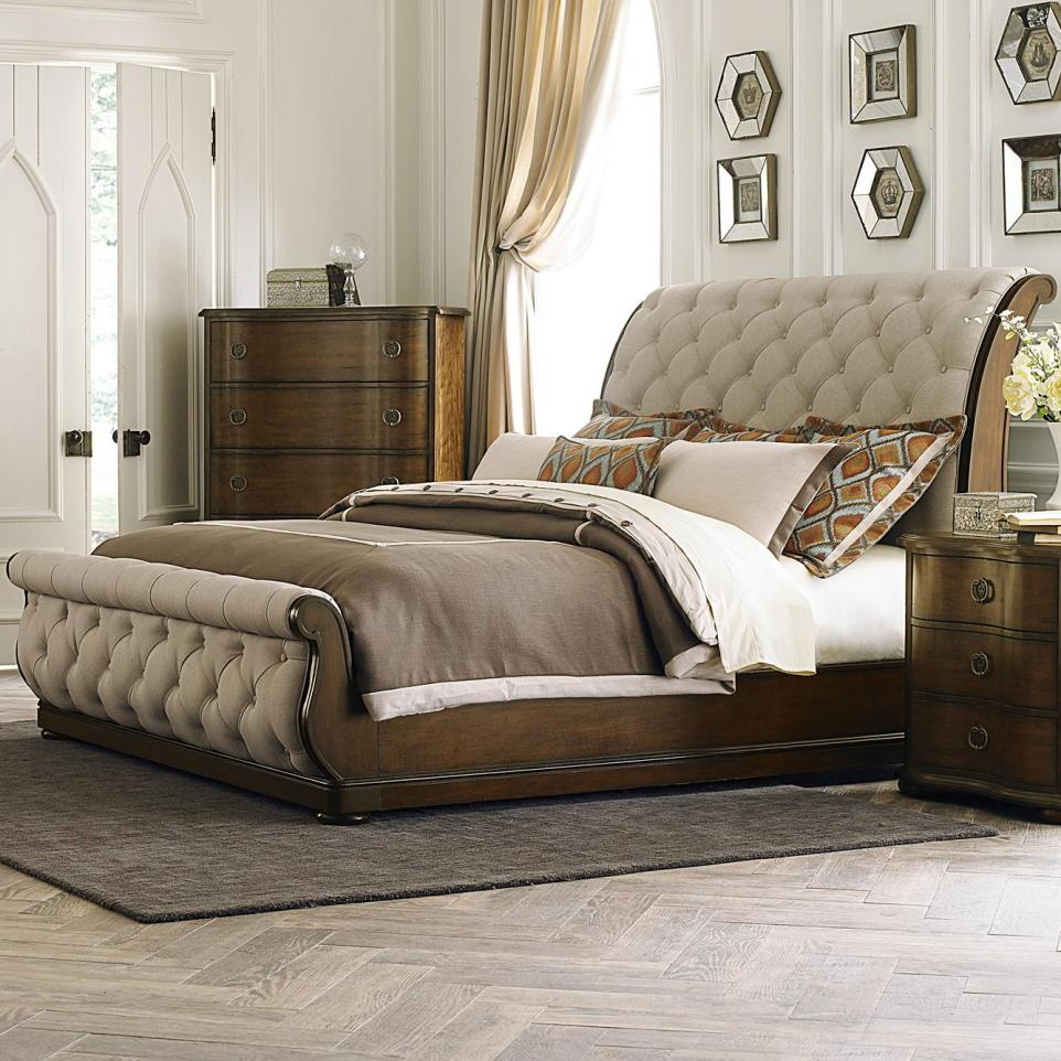 Image of: Sleigh Bed King Inspired