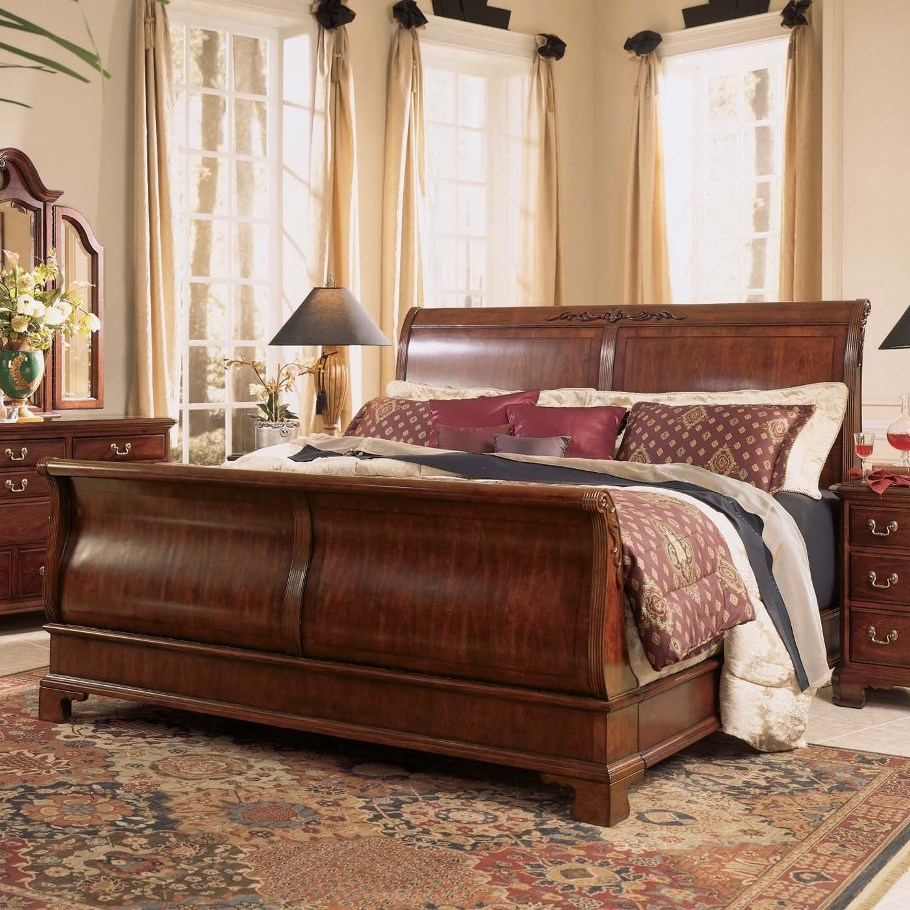 Image of: Sleigh Bed King  Plan