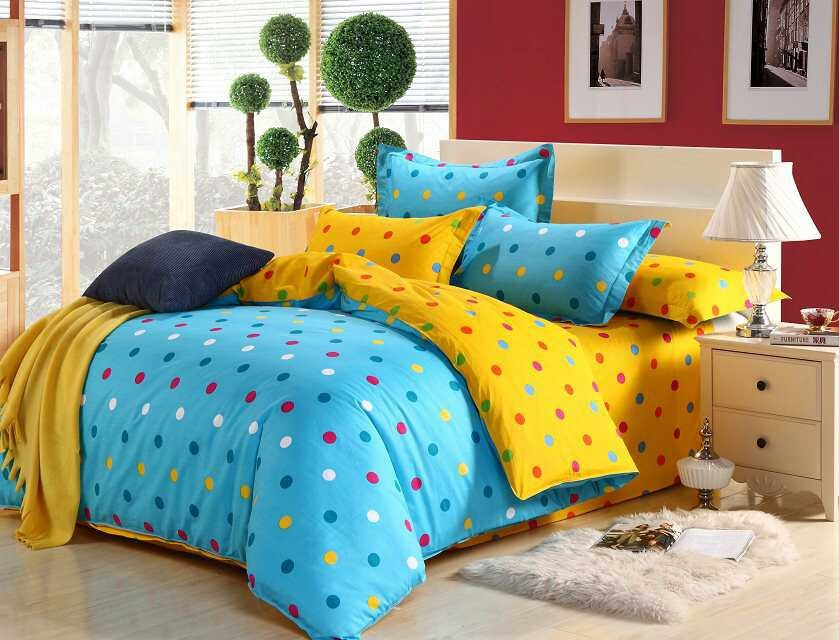Image of: Small Dots Teen Bedding Sets