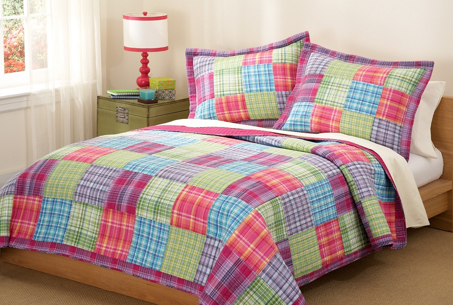 Image of: Teen Bedding for Girls Ideas