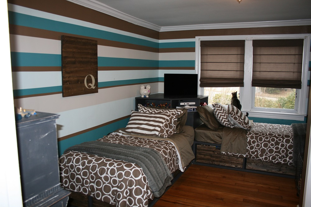 Image of: Twin Bed Headboards for Adults