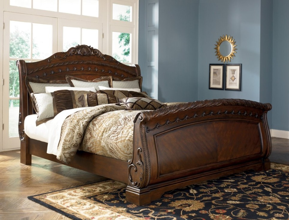 Image of: Unique Sleigh Bed King