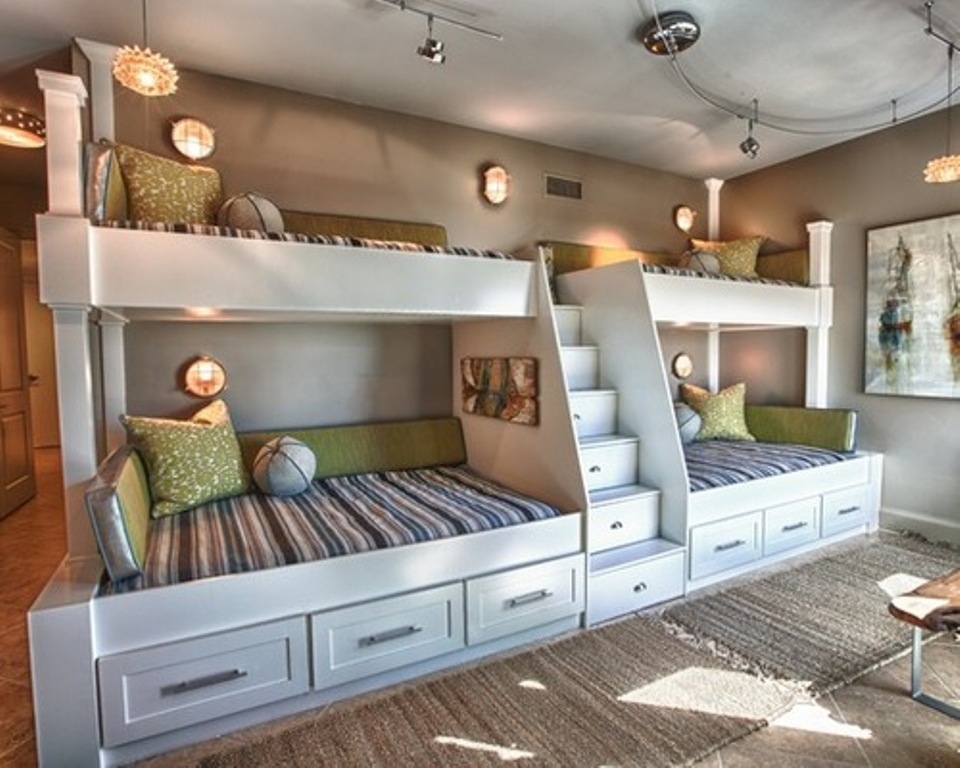 Image of: Built In Bunk Beds Designs