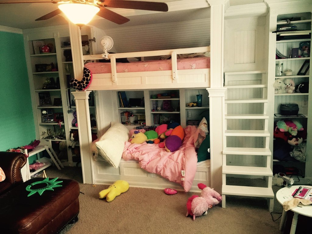 Image of: Built In Bunk Beds Dimensions