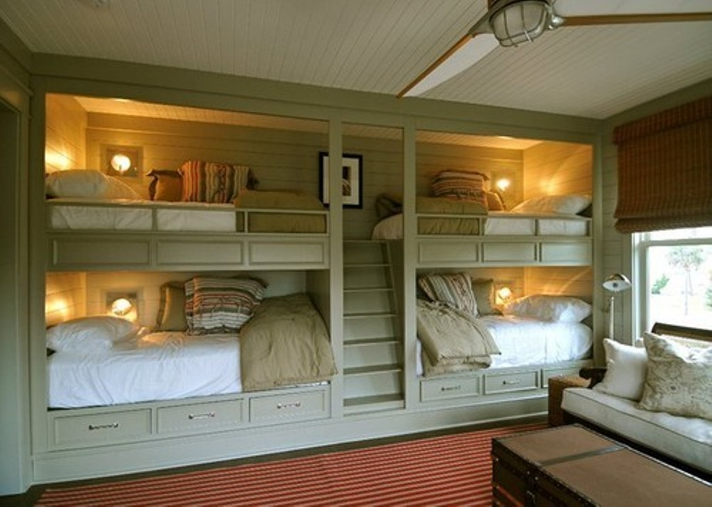Image of: Built In Bunk Beds Diy